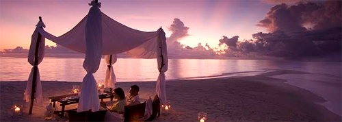 Romantic Candlelight Beach Dinner for Two