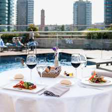 Dining and Drinks at Brisa Pool Bar & Terrace